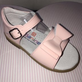 Andanines pale pink patent leather bow sandal