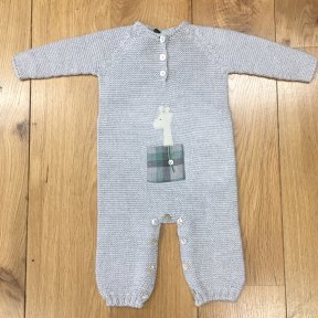 Floc soft grey knitted long sleeved baby grow. Embellished with cute giraffe motif and mother-of-pearl buttons.