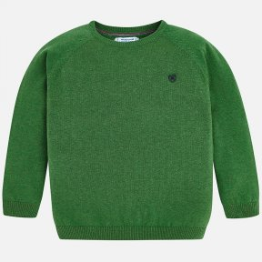 Mayoral mini forest green jumper with ribbed collar, cuffs and hem. The only detail is a small embroidery at the front on the chest. It goes well with any type of outfit given its versatility. A/W18 323