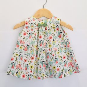 Floc little girls floral patterned dress, bow detail, button fastening down the back ss19 365538