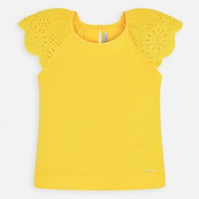Mayoral girls yellow t-shirt with round neckline, single button fastening to the back, openwork scalloped detail on the sleeves. 3023